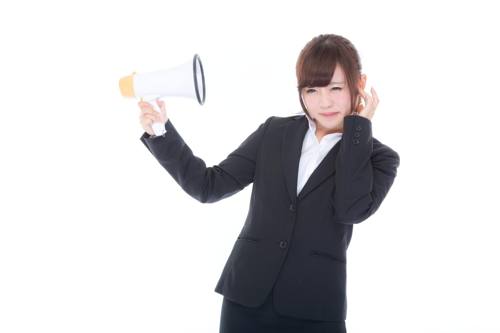 試験中小声がうるさい時の5つの対処法