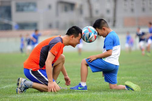 football-1533210_1920.jpg