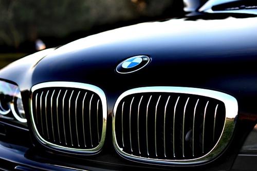 automotive-1838744_640.jpg
