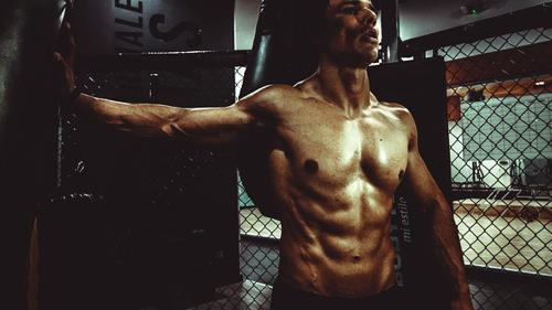 過度な運動を求めず、理想の高い体を求めるあなたへ 加圧シャツまとめ