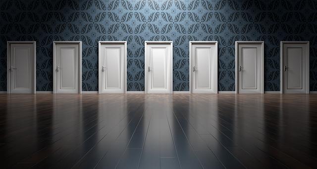 doors-1767562_640.jpg
