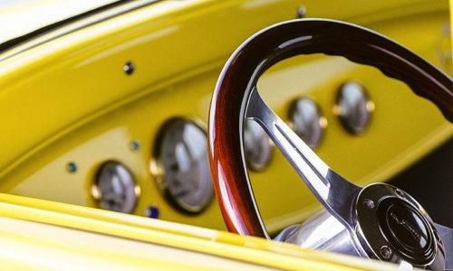 ps4版 トラックドライバーエンジン始動時にハンドルガタガタ鳴ってゲームやめたくなる…
