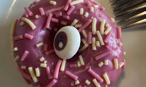 2021年10月 イケアでハロウィンドーナツ食べた 新製品が驚き