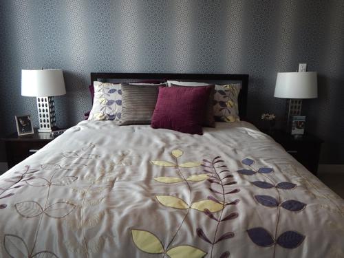 bed-890555_1920.jpg