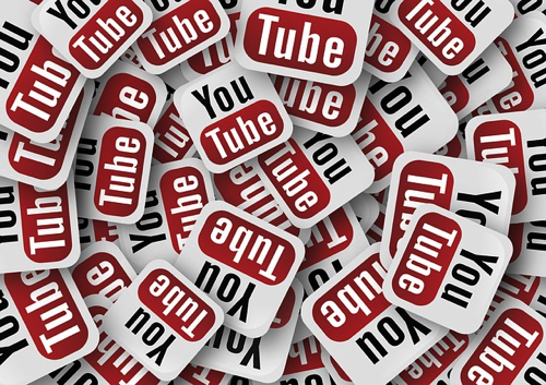 ブロガーに似ている?Youtuberになるならまずは100動画を更新?